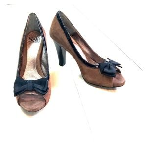 Sofft peep toe suede leather shoes sz 7.5